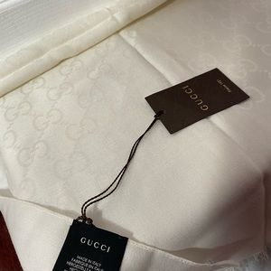 Gucci scarf, brand new, with tags